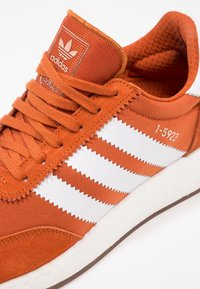 adidas Originals - I-5923 - Trainers - fox red/footwear white - 5