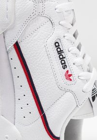 adidas Originals - CONTINENTAL 80 SKATEBOARD SHOES - Baskets basses - footwear white/scarlet/collegiate navy - 5