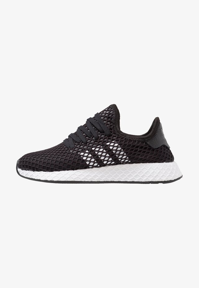 DEERUPT RUNNER - Sneakersy niskie - core balck/footwear white