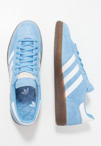 adidas Originals - HANDBALL SPEZIAL STREETWEAR-STYLE SHOES - Sneakers - light blue/footwear white - 1