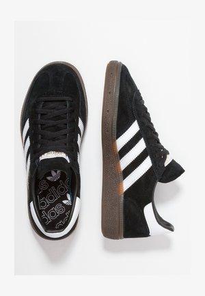 HANDBALL SPEZIAL - Sneakers laag - cblack/ftwwht/gum5