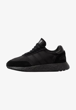 I-5923 - Trainers - core black