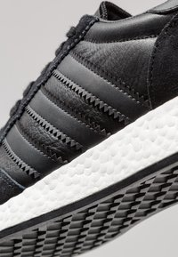 adidas Originals - I-5923 - Sneaker low - core black/carbon/footwear white - 5