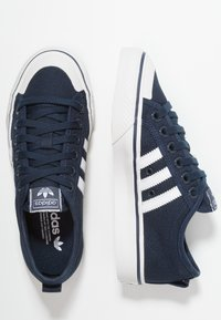 adidas Originals - NIZZA - Zapatillas - collegiate navy/footwear white/crystal white - 1