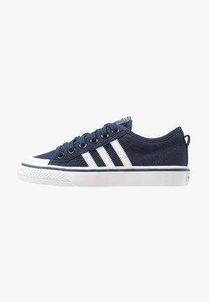 NIZZA - Trainers - collegiate navy/footwear white/crystal white