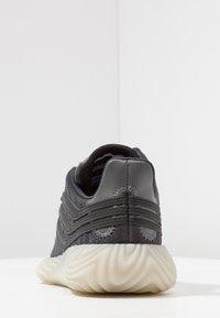adidas Originals - SOBAKOV - Trainers - carbon/core black/fottwear white - 3