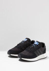 adidas Originals - MARATHON TECH - Sneaker low - core black/footwear white - 2