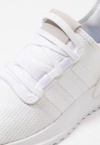 adidas Originals - U_PATH RUN - Sneakers - footwear white/core black - 5
