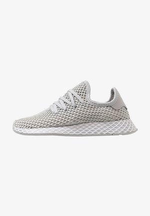 DEERUPT RUNNER - Trainers - grey two/footwear white/hi-res yellow