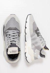 adidas Originals - NITE JOGGER - Trainers - grey five/grey one/grey two - 4