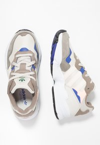 adidas Originals - YUNG-96 - Trainers - simple brown/ecru tint/clear brown - 1