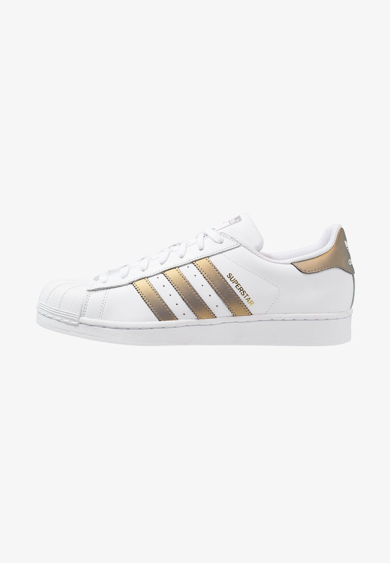 adidas Originals - SUPERSTAR - Sneakers laag - footwear white/grey four/gold metallic