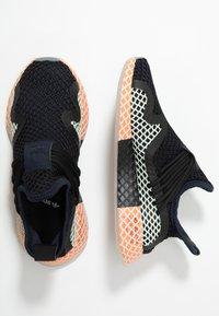 adidas Originals - DEERUPT - Sneakers laag - legend ink/linen green/core black - 1