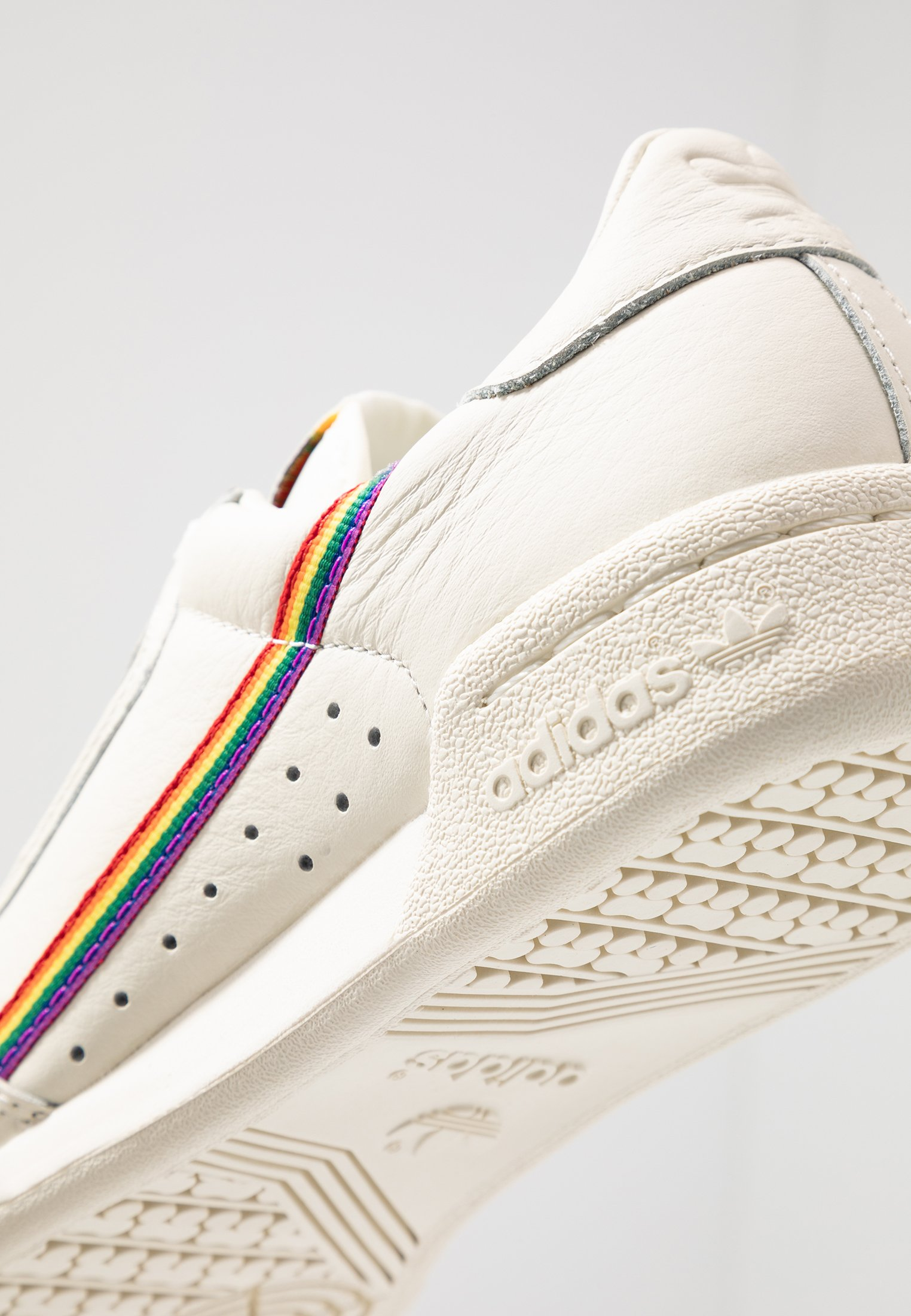 adidas Originals CONTINENTAL 80 PRIDE - Baskets basses - offwhite