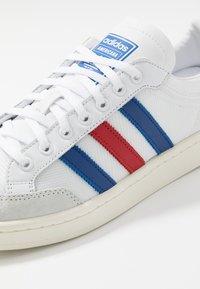 adidas Originals - AMERICANA - Joggesko - footwear white/collegiate royal/scarlet - 5