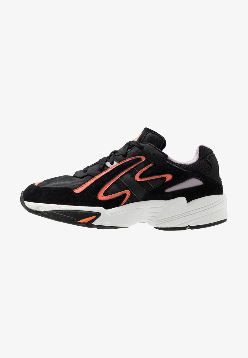 adidas Originals - YUNG-96 CHASM - Matalavartiset tennarit - core black/semi coral