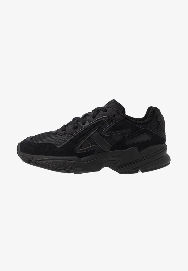 adidas Originals - YUNG-96 CHASM - Baskets basses - core black/carbon