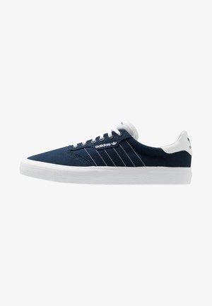 3MC - Sneakersy niskie - collegiate navy/footwear white