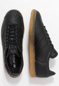 adidas Originals - GAZELLE - Tenisky - core black - 1