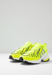 adidas Originals - EQT GAZELLE - Matalavartiset tennarit - solar yellow/silver metallic/core black - 3