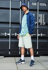 adidas Originals - EQT GAZELLE - Baskets basses - collegiate navy/core black/solar yellow