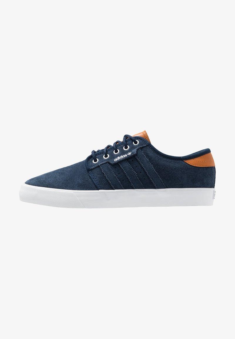 adidas Originals - SEELEY - Trainers - collegiate navy/footwear white/tech coppper