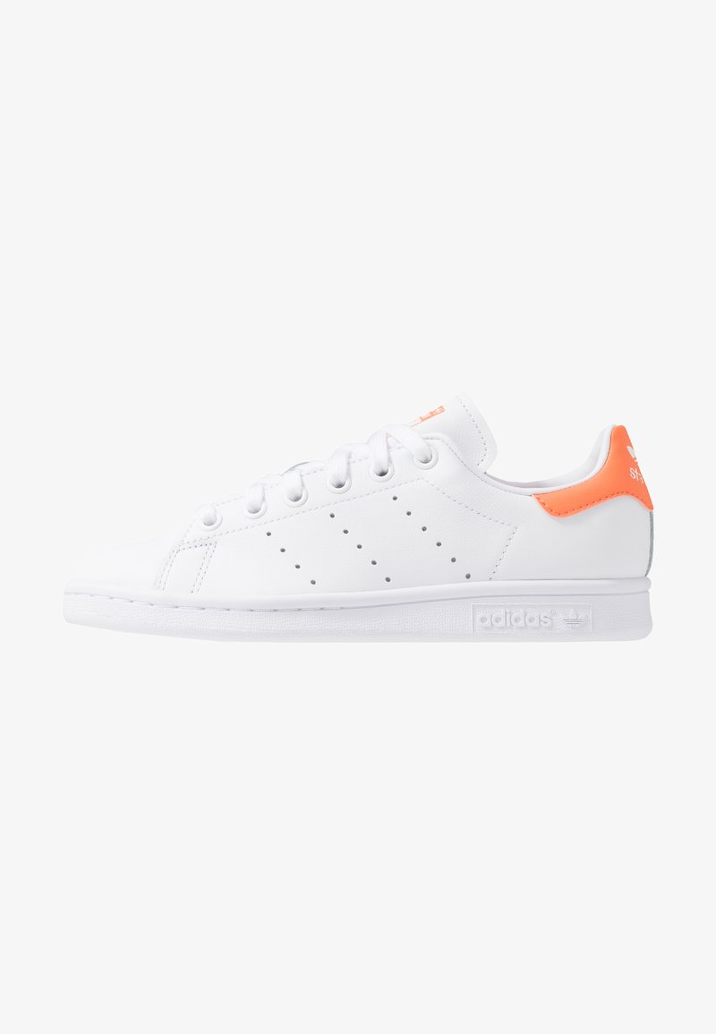 adidas Originals - STAN SMITH STREETWEAR-STYLE SHOES - Trainers - footwear white/semi coral