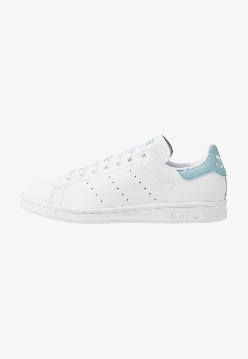 adidas Originals - STAN SMITH STREETWEAR-STYLE SHOES - Joggesko - footwear white/ash grey