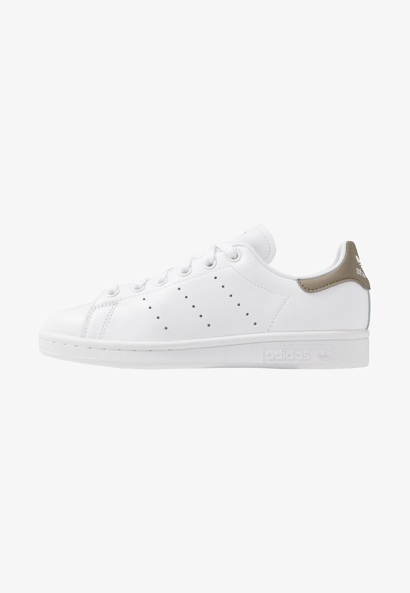 adidas Originals - STAN SMITH STREETWEAR-STYLE SHOES - Sneakers - footware white/trace cargo