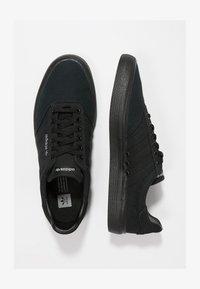 adidas Originals - 3MC - Sneakersy niskie - cblack/cblack/gretwo - 1