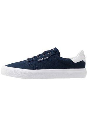 3MC - Sneakers basse - conavy/conavy/ftwwht