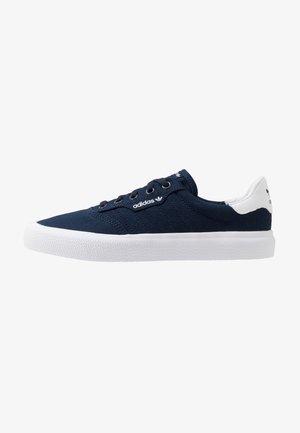 3MC - Sneaker low - collegiate navy/footwear white