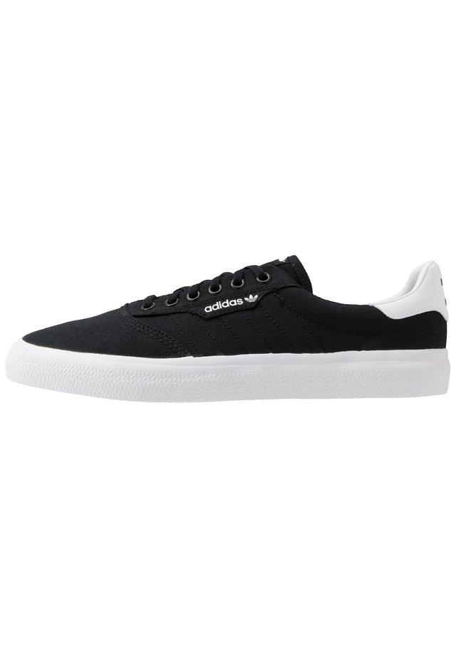 3MC - Matalavartiset tennarit - core black/footwear white