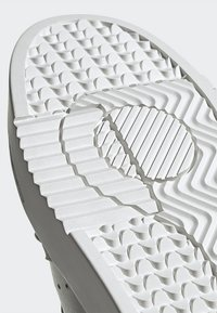 adidas Originals - SUPERCOURT - Zapatillas - grey one/crystal white - 8