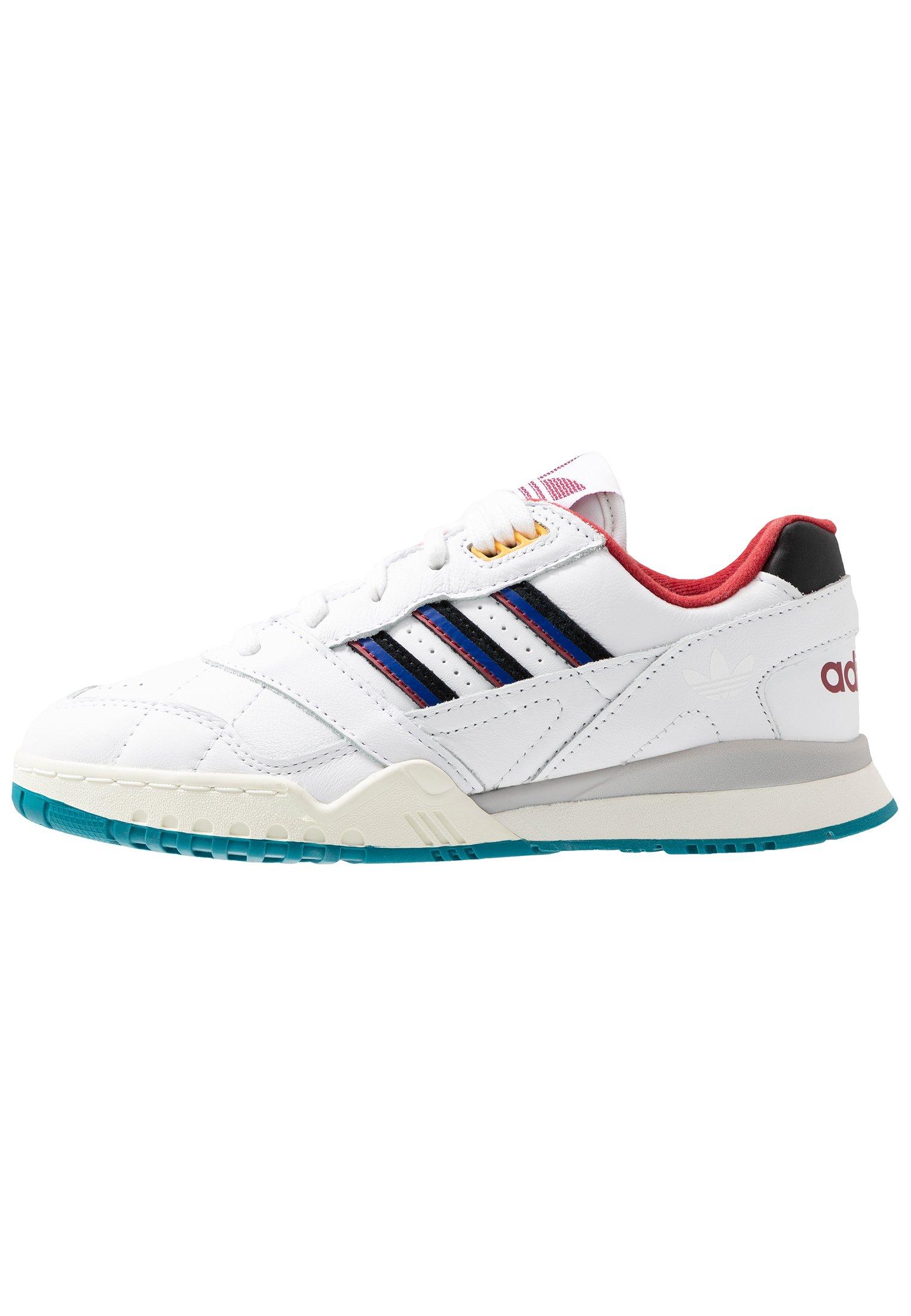 adidas Originals A.R. TRAINER - Sneakersy niskie - footwear white/blue/sky tint