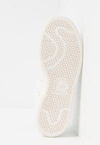 adidas Originals - STAN SMITH - Joggesko - footwear white/linen green/offwhite - 5