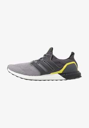 ULTRABOOST - Sneakersy niskie - grey three/grey six/core black