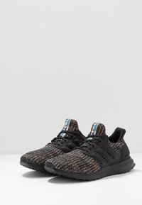 adidas Originals - ULTRABOOST - Sneakers - core black/glow green - 2