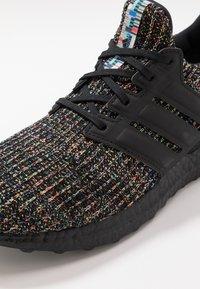adidas Originals - ULTRABOOST - Sneakers - core black/glow green - 5