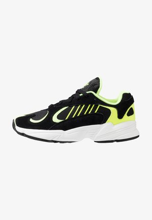 YUNG-1 - Sneakers laag - core black/hi-res yellow