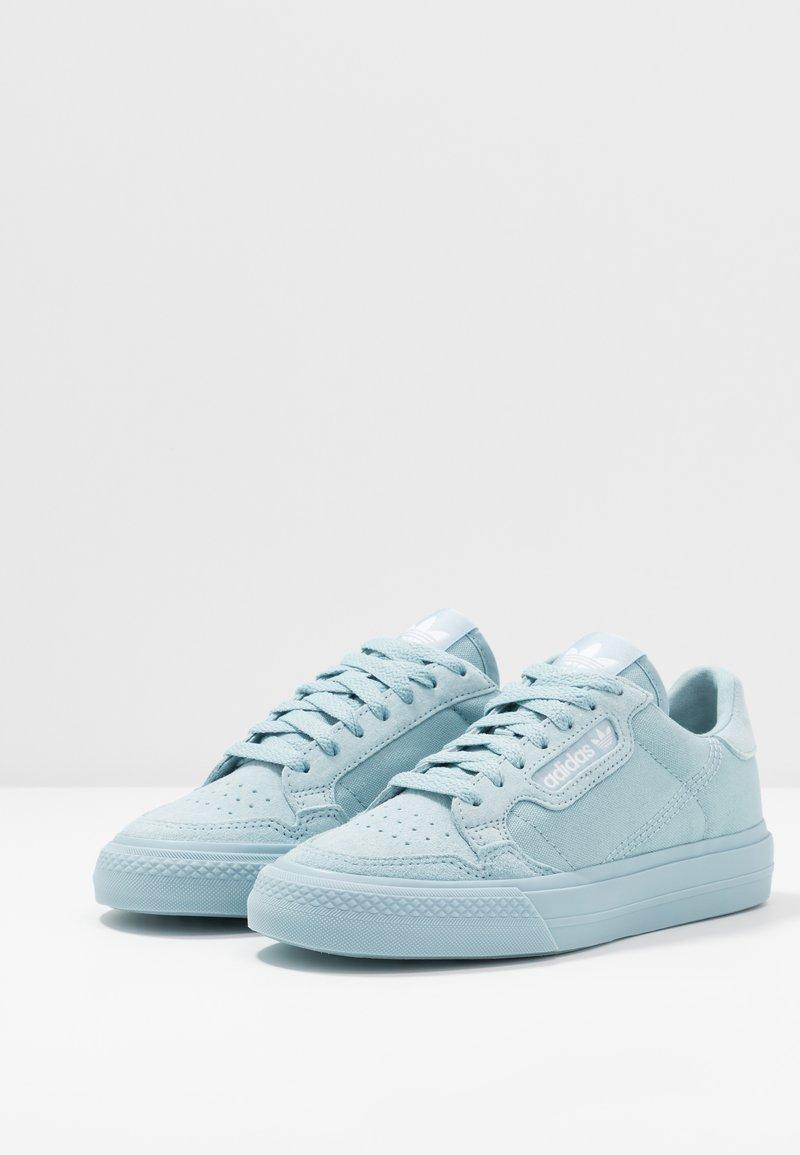 Ash White Originals Basses ContinentalBaskets Adidas Grey footwear jRL54c3qA