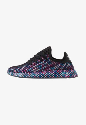 DEERUPT RUNNER STREETWEAR-STYLE SHOES  - Trainers - core black/footwear white
