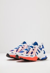 adidas Originals - EQT GAZELLE RUNNING-STYLE SHOES - Trainers - power blue/grey one/solar red - 3