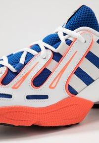 adidas Originals - EQT GAZELLE RUNNING-STYLE SHOES - Trainers - power blue/grey one/solar red - 8