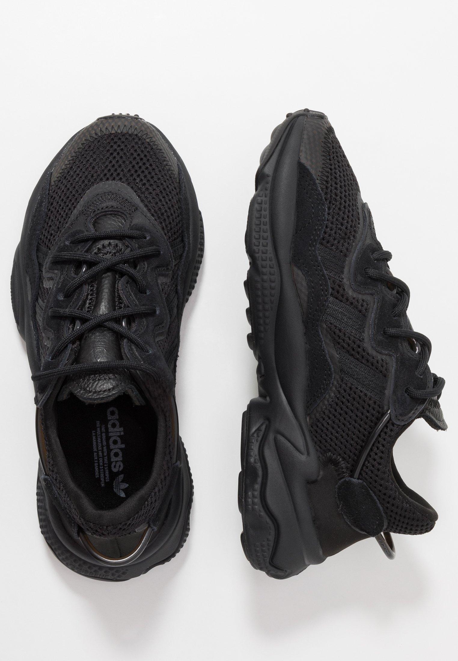 adidas Originals OZWEEGO ADIPRENE+ RUNNING-STYLE SHOES - Sneakersy niskie - core black/carbon