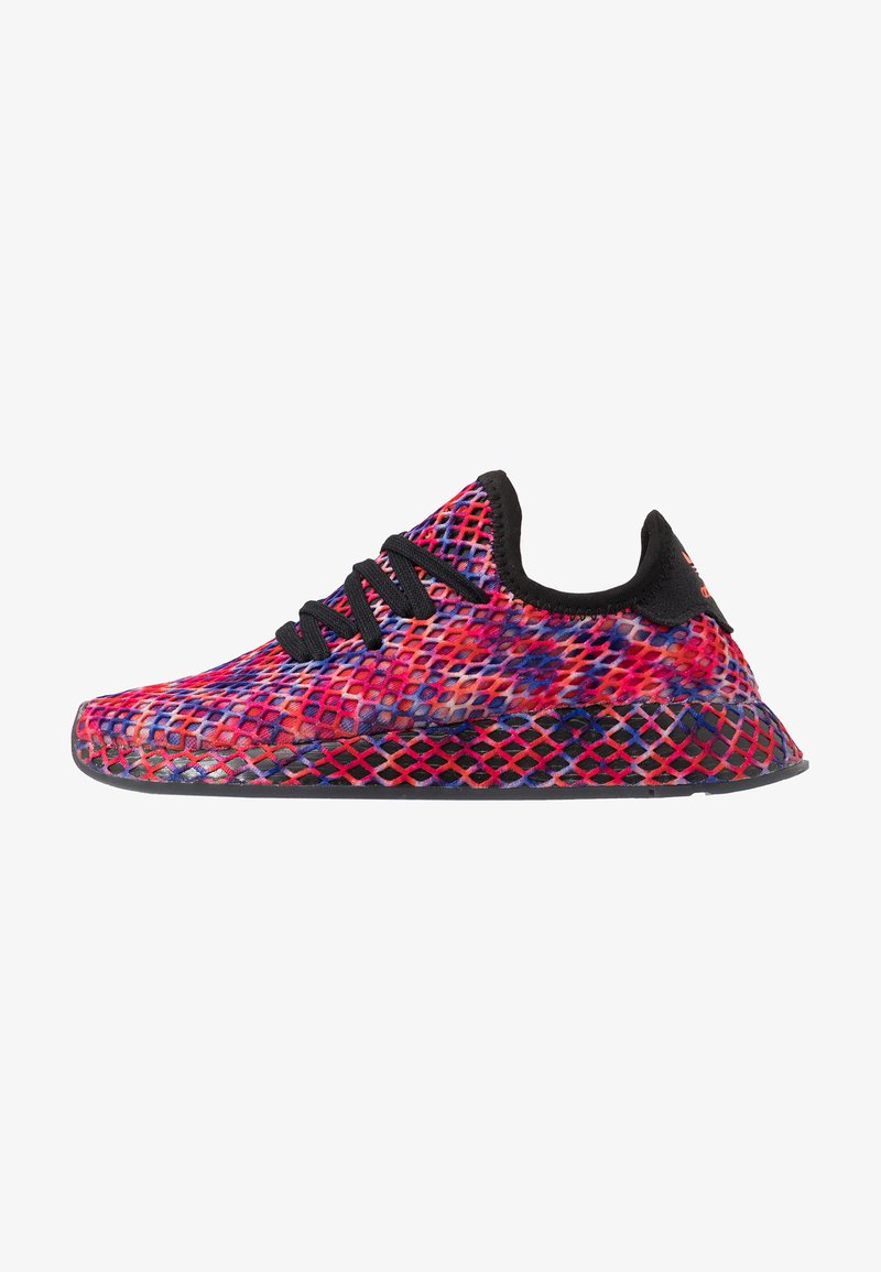 adidas Originals - DEERUPT RUNNER - Zapatillas - core black/solar red