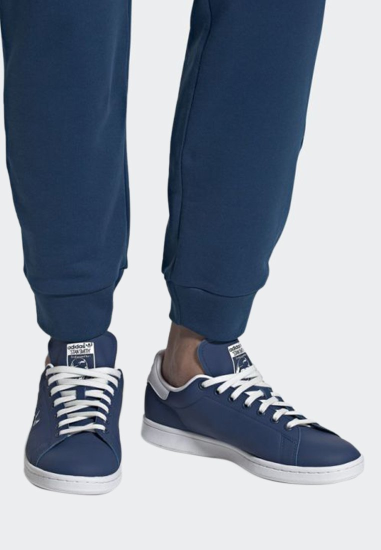 adidas Originals - STAN SMITH SHOES - Trainers - blue/white