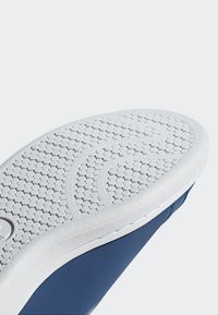 adidas Originals - STAN SMITH SHOES - Trainers - blue/white - 9