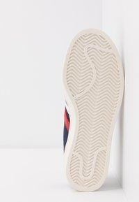 adidas Originals - AMERICANA  - Baskets basses - legend ink/footware white/scarlet - 4