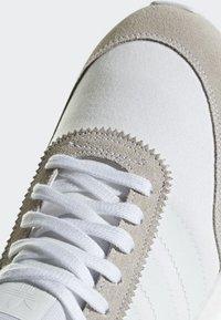 adidas Originals - I-5923 SHOES - Baskets basses - white - 8